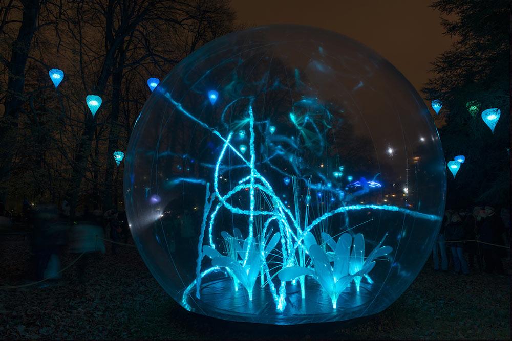 Les bulles, sphères cristallines et leurs végétaux - Spectacle son et lumières cerfs volants