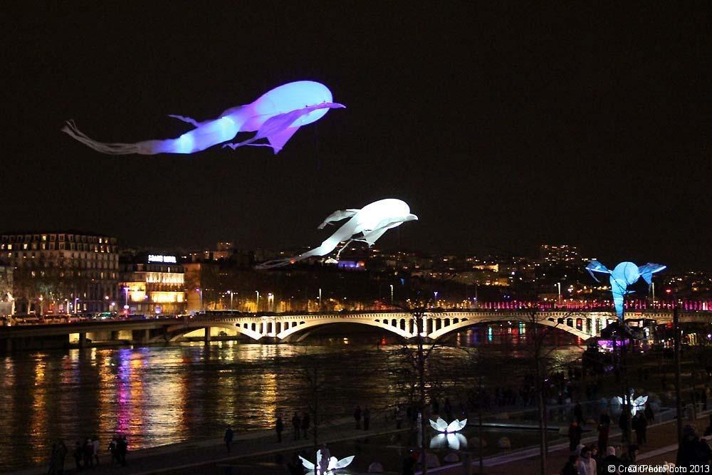 porteparlevent_evenement_spectaclenuit_festival lumiere_fete des lumiere lyon_bal-lumineoles2012