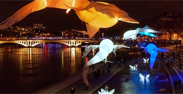 porteparlevent_evenement_spectaclenuit_festival lumiere_fete des lumiere lyon_bal des lumineole